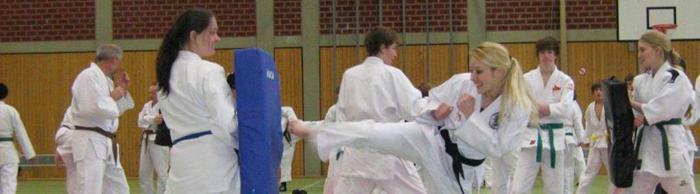 Trainingszeiten und Lehrgänge Ju-Jutsu