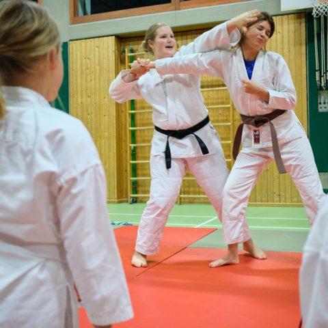 Ju-Jutsu-Kinder Training